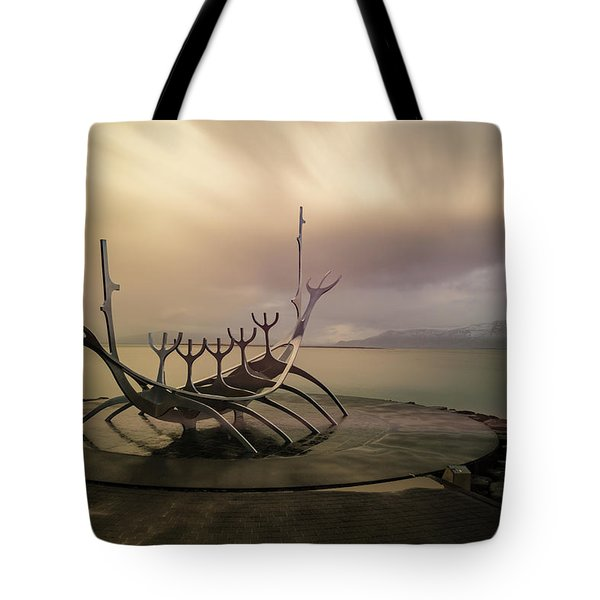 Tote Bag featuring the photograph Sun Voyager by Allen Biedrzycki