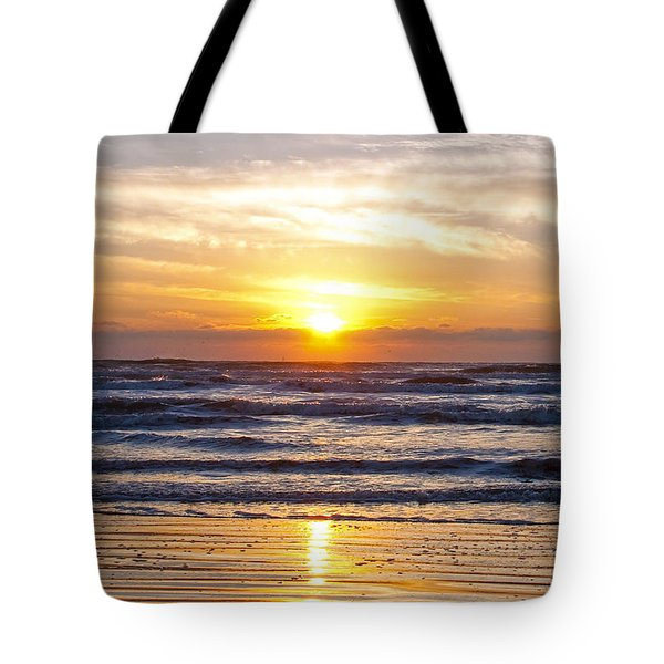Sunrise At Beach Tote Bag