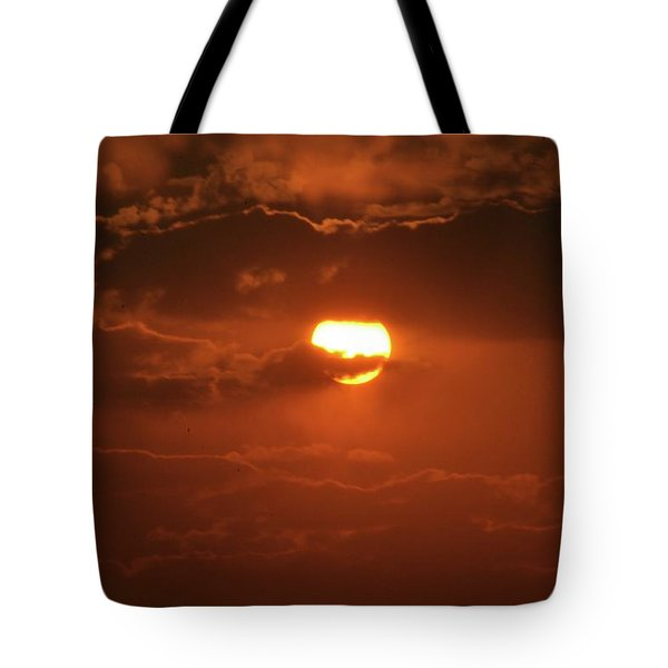 Tote Bag featuring the photograph Sunset by Linda Ferreira