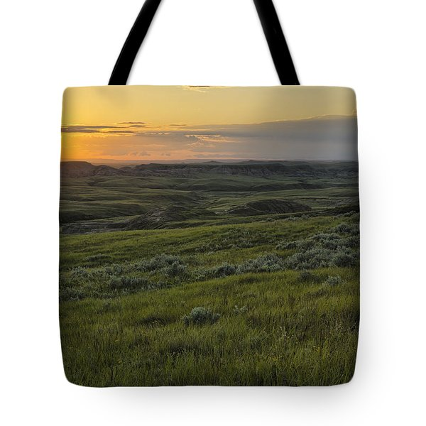 Sunset Over Killdeer Badlands Tote Bag