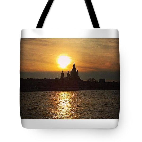 #sunset #sunsetlovers #sunrise #horizon Tote Bag