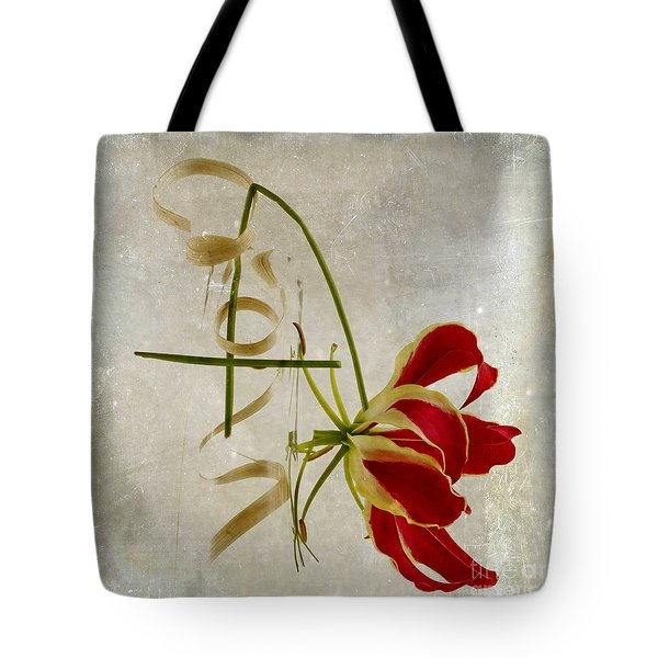 textured Gloriosa Lily. Tote Bag