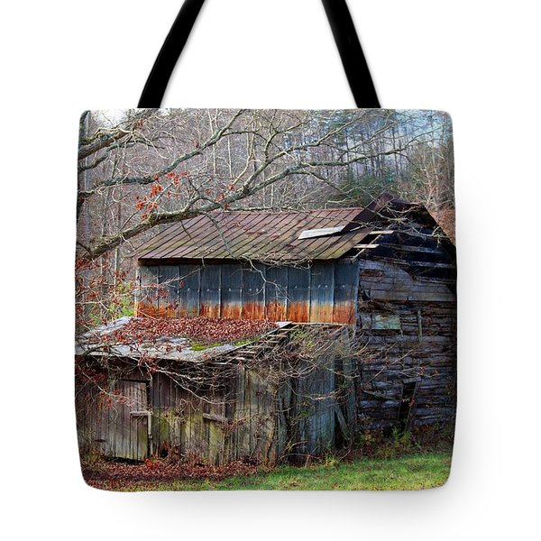 Tumbledown Barn Tote Bag
