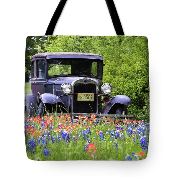 Tote Bag featuring the photograph Vintage Model T Ford Automobile by Robert Bellomy