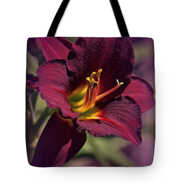 Vintage Day Lily  Tote Bag