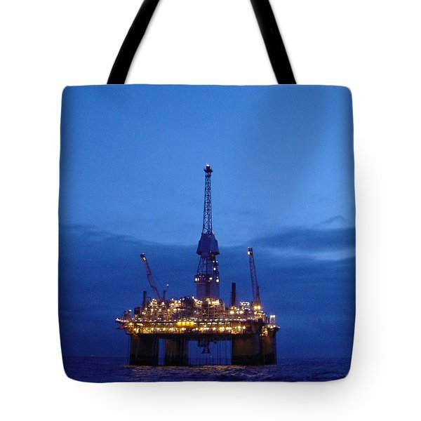 Visund In The Twilight Tote Bag