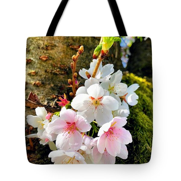 White Apple Blossom In Spring Tote Bag