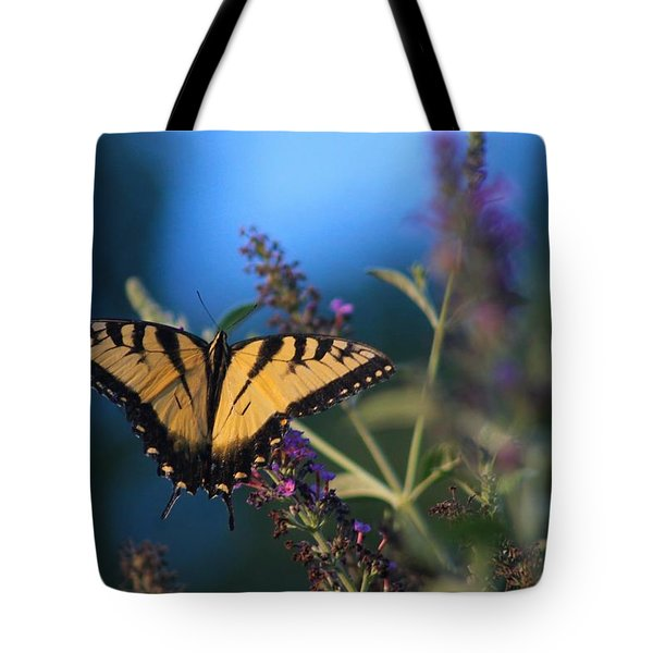 Summer Flight Tote Bag by Geri Glavis