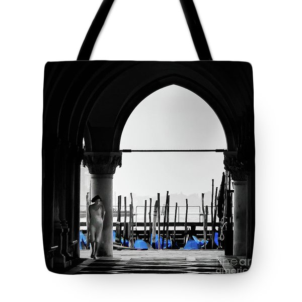 Woman At Doges Palace Tote Bag