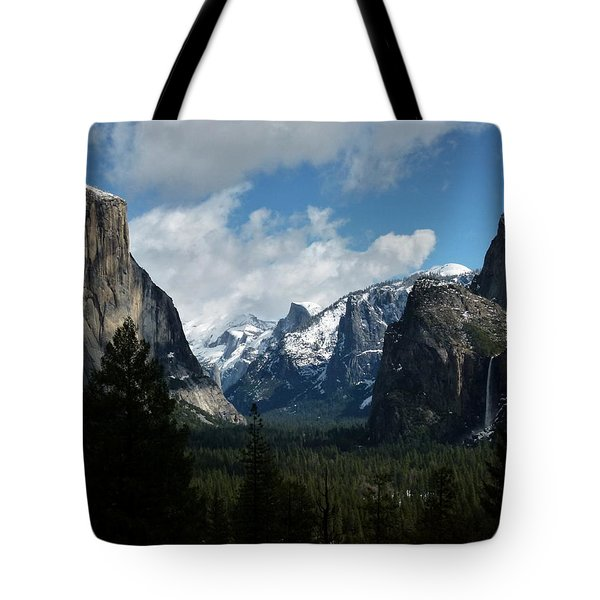 Yosemite Valley View In Winter Tote Bag