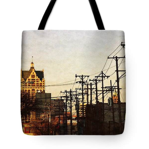 100 East Wisconsin Tote Bag by David Blank