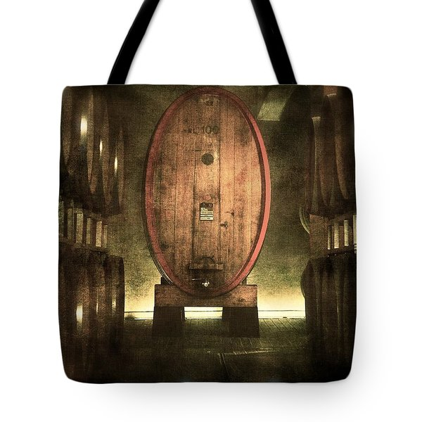 100 Hl - Italian Red Wine Tote Bag