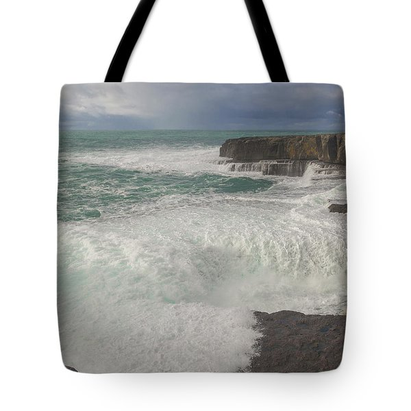 17 Of 35 The Worm Hole Water Behavior Sequence Tote Bag