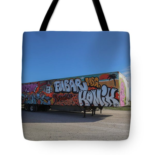 18 Wheeler Art Tote Bag