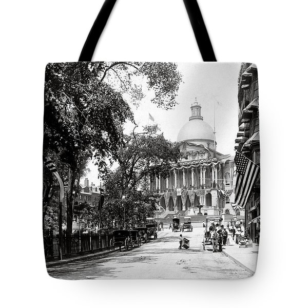1900 Summer In Boston Massachusetts Tote Bag by Historic Image