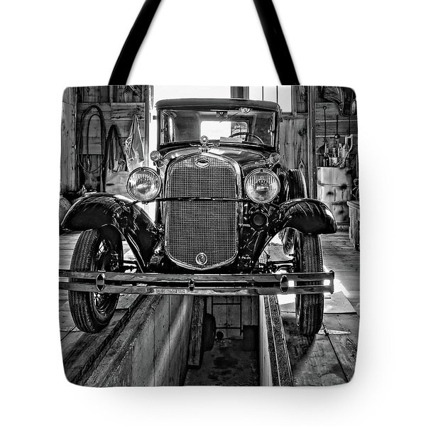 1930 Model T Ford Monochrome Tote Bag by Steve Harrington