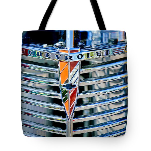 1939 Chevrolet Coupe Grille Emblem Tote Bag