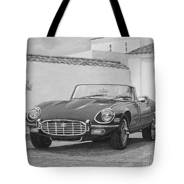 1961 Jaguar Xke Cabriolet In Black And White Tote Bag