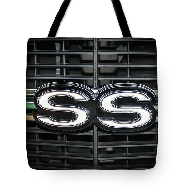 Tote Bag featuring the photograph 1970 Chevelle Ss Grille by Guy Whiteley