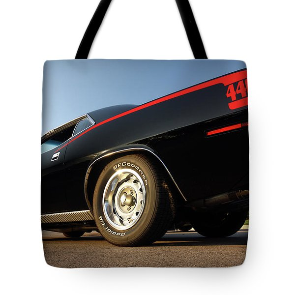 1970 Plymouth 440 'cuda Tote Bag by Gordon Dean II