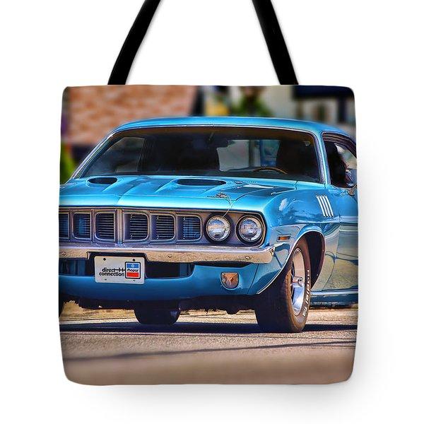 1971 Plymouth 'cuda 383 Tote Bag by Gordon Dean II