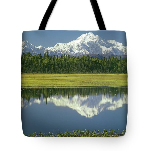 1m1325 Mt. Hunter And Mt. Denali Tote Bag