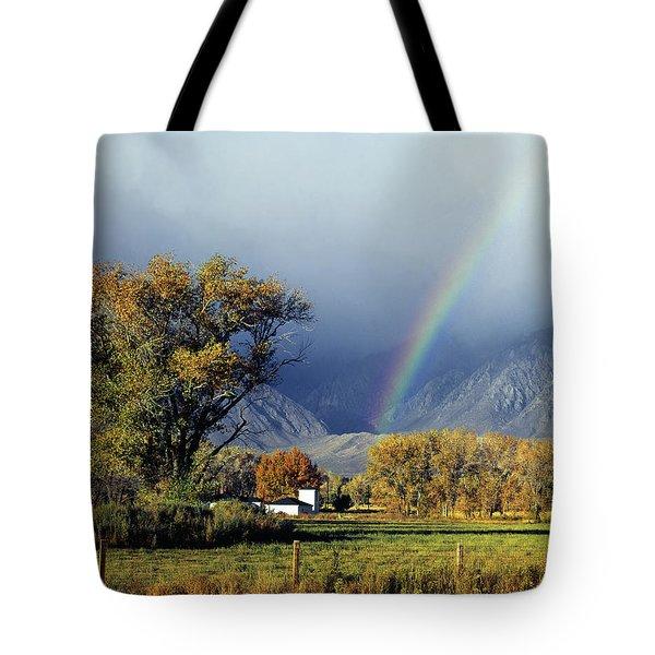 1m6345 Rainbow In Sierras Tote Bag
