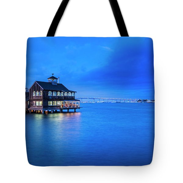 Tote Bag featuring the photograph Dinner On The Bay by Dan McGeorge