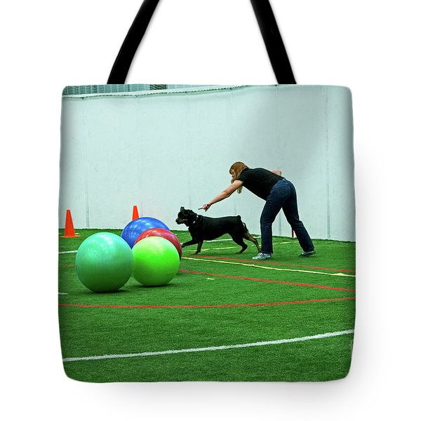 Tote Bag featuring the photograph Donna And Berry by Fred Stearns