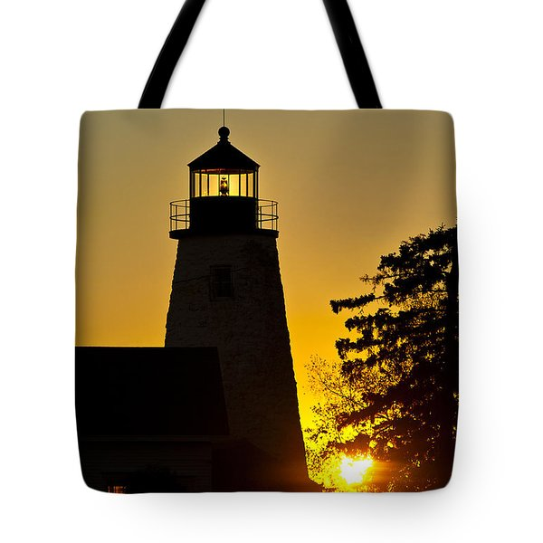 Dyce Head Lighthouse Tote Bag by John Greim
