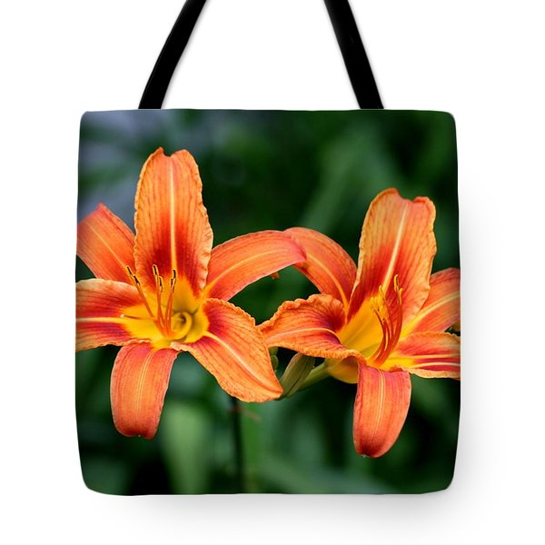 2 Flowers In Side By Side Tote Bag