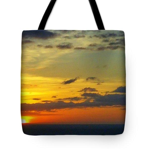 Extraordinary Maui Sunset Tote Bag