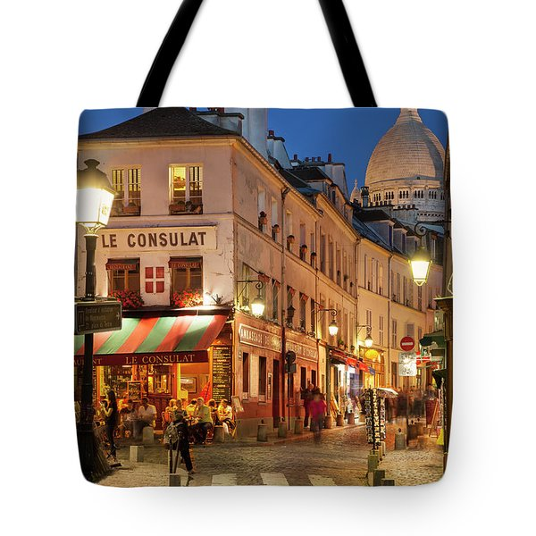 Tote Bag featuring the photograph Montmartre Twilight by Brian Jannsen