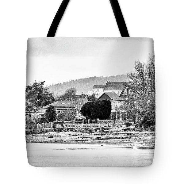 Tote Bag featuring the photograph Ribera Maninos Fene Galicia Spain by Pablo Avanzini