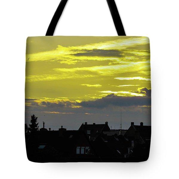 Sunset In Koln Tote Bag by Cesar Vieira
