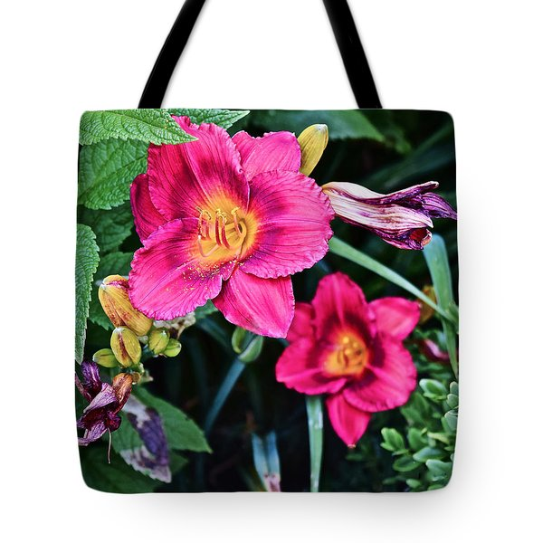 2015 Summer At The Garden Strawberry Candy Daylily 2 Tote Bag