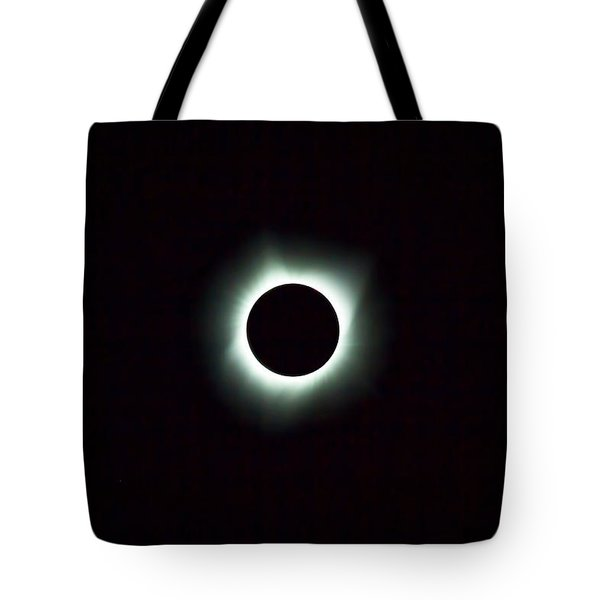 2017 Total Solar Eclipse Tote Bag by David Gn
