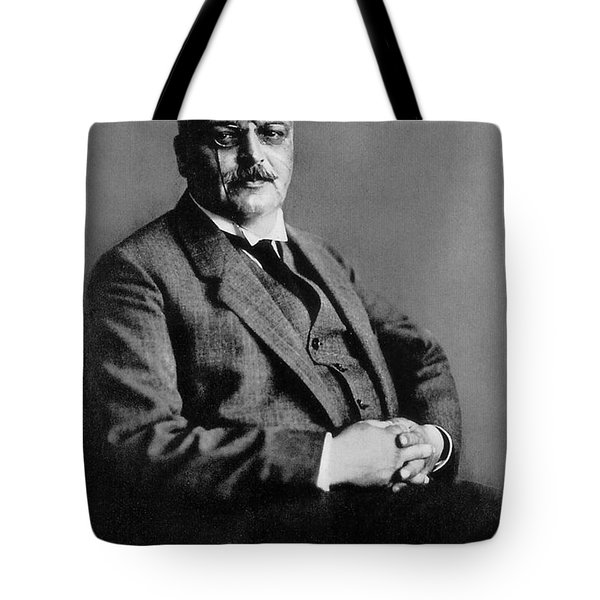 Alois Alzheimer, German Neuropathologist Tote Bag by Science Source