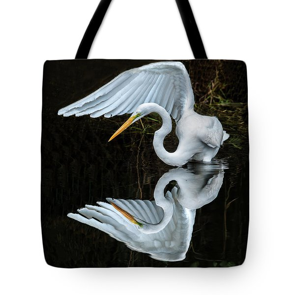 Great Egret Reflection Tote Bag