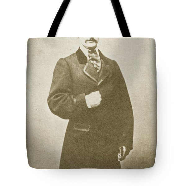 John Wilkes Booth, American Assassin Tote Bag by Photo Researchers