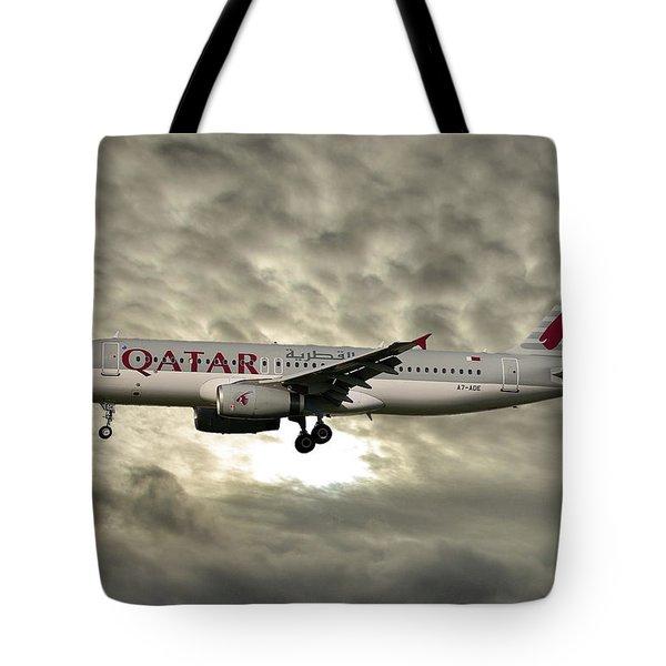Qatar Airways Airbus A320-232 Tote Bag