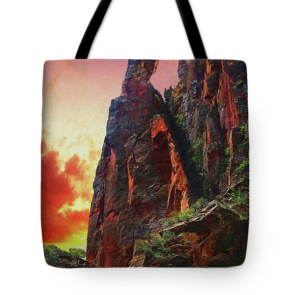 Sunrise In Canyonlands Tote Bag