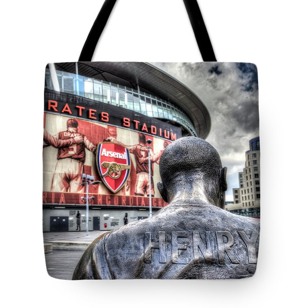 Thierry Henry Statue Emirates Stadium Tote Bag