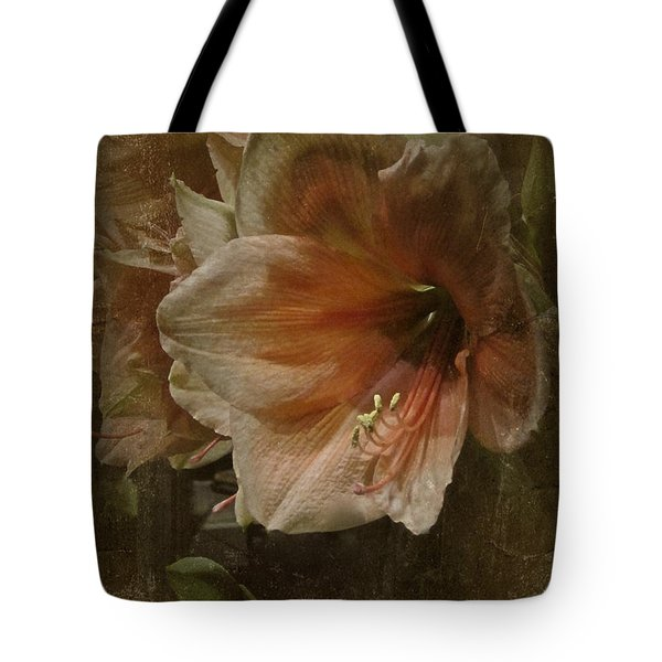 Tote Bag featuring the photograph Vintage Amaryllis by Richard Cummings