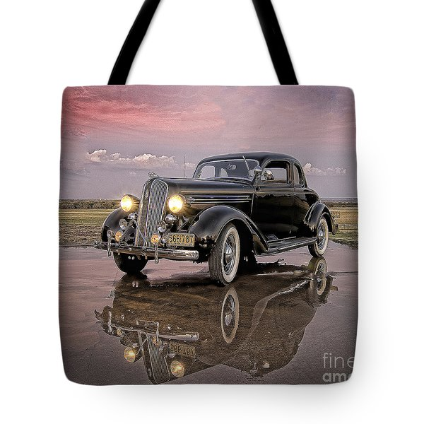 36 Plymouth Reflections Tote Bag
