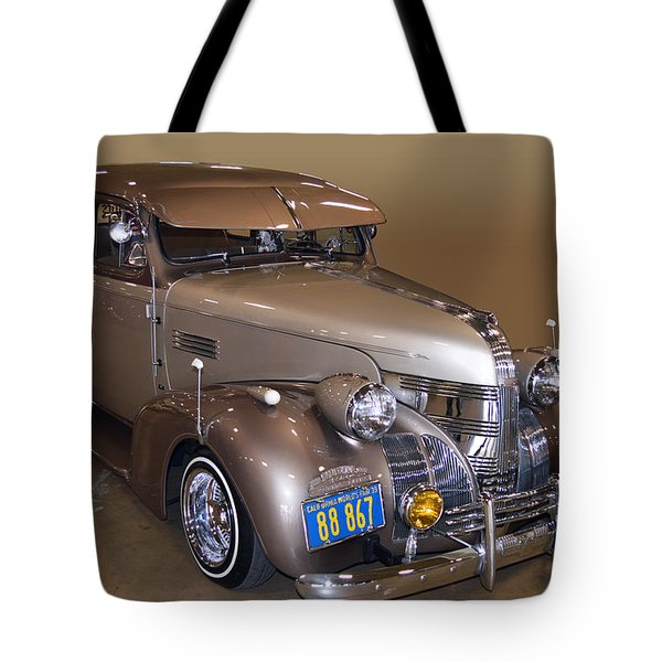 39 Pontiac Dresser Tote Bag by Bill Dutting