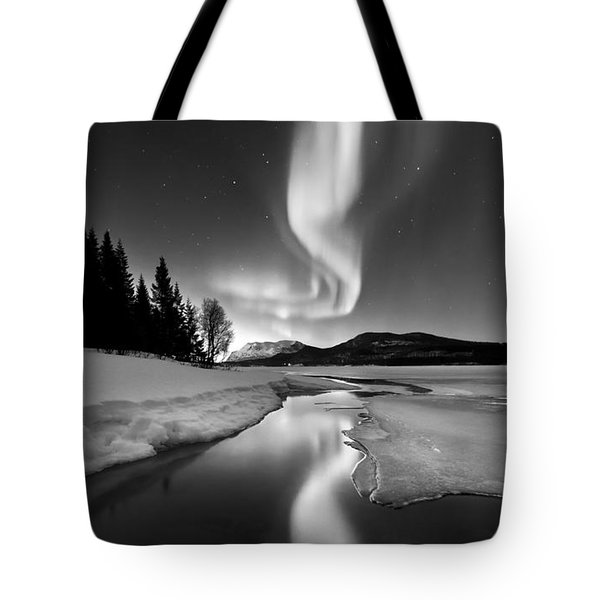 Aurora Borealis Over Sandvannet Lake Tote Bag