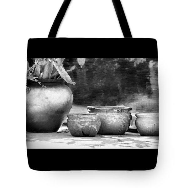 4 Ceramic Pots In Black And White Tote Bag