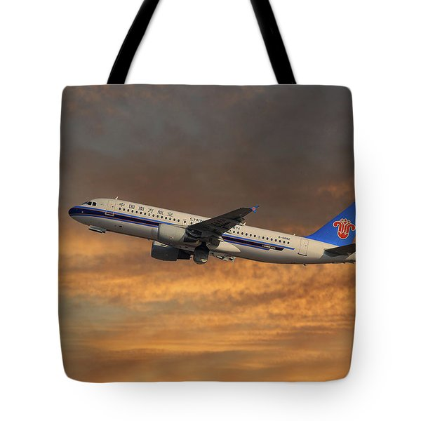 China Southern Airlines Airbus A320-214 Tote Bag