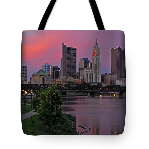 D2l37 Columbus Ohio Skyline Photo Tote Bag
